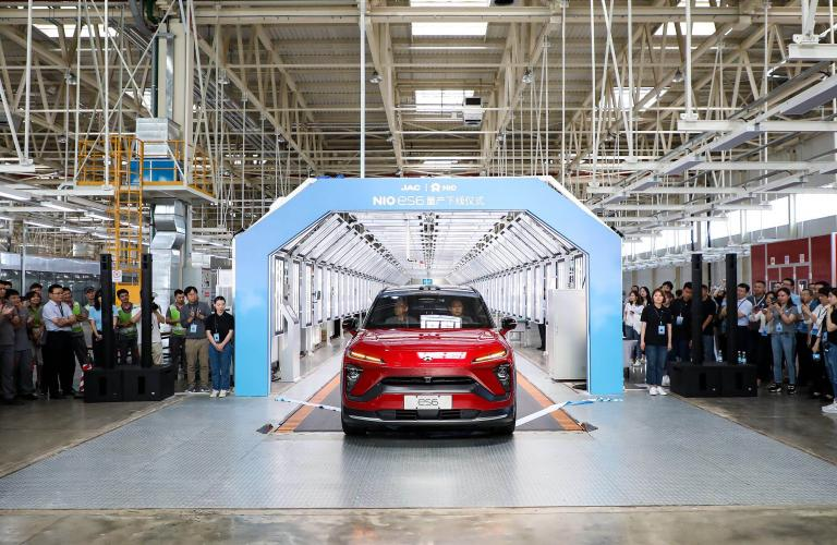 First NIO ES6 Production Models Roll Off the Line, Delivery to Begin in June